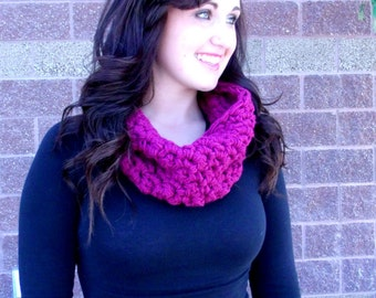 CROCHET PATTERN PDF , Chunky Mesh Infinity Scarf, Crocheted Cowl, - Crochet Infinity Scarf - Chunky Crochet, Instant Download, yarntwisted