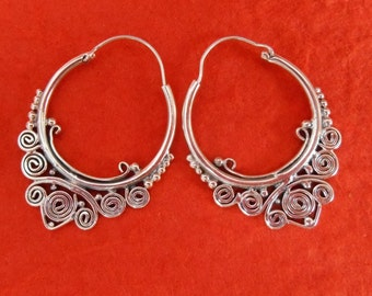 Balinese solid Silver Hoop Earrings / silver 925 / Bali handmade granulation technique / 1.35 inch long