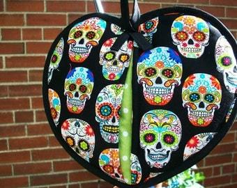 Heart-Shaped Pot Holder – Festive Calaveras