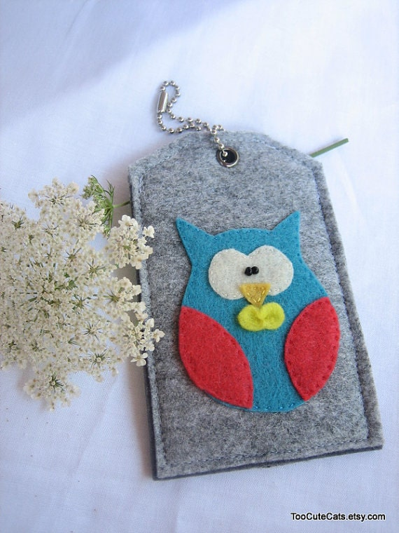 Special Order for J Sloane -- A set of 2 Bow Tie Owl -Luggage ID,Personal tag,Gift tag or Picture carrier