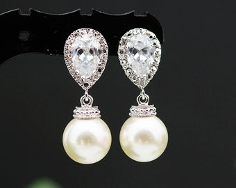 Wedding Bridesmaid Gift Bridal Earrings Bridesmaid Earrings Bridal Jewelry Bridesmaid Jewelry Swarovski Pearl dangle earrings Pearl Earrings