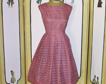 Vintage 1950's Mauve and Pewter Eyelet Party Dress. PETITE. Small. MINT.