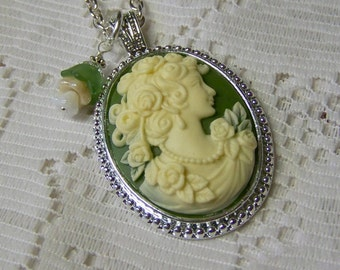 Classic Cameo Necklace, Victorian Lady Elegance Pendant, Green and Ivory, Silver Beaded Pendant, Roses Cameo Necklace, goddess, Woman