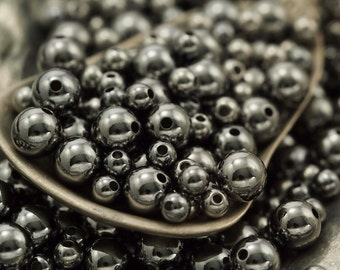 50 Gunmetal Smooth Round Beads - You Pick Size 2.5mm, 3mm, 4mm, 5mm, 6mm, 8mm or Mix - 100% Guarantee