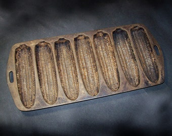 Vintage Cast Iron Corn Sticks Pan / 1930s Cast Iron Cornbread Pan