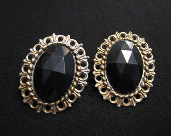 BIG Vintage Oval Filigree Silvery Gold Tone and Black Faceted Lucite Pierced Earrings