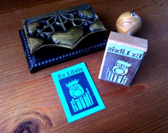 Owl with Crown Bookplate Stamp Ex Libris Stamp with wooden holder