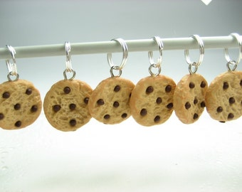 15pcs Chocolate Chip Cookies Knitting  Stitch Markers (Set of 15) miniature food charms, gift for knitters, food lover, knitting accessories
