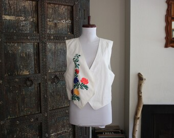 floral embroidered white cotton boho mexico vest