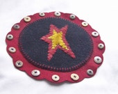 Star Penny Rug Wool Candle Mat Primitive with buttons by Happy Valley Primitives