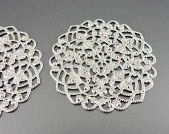 4 round filigree pendants, silver metal findings, filigree pendants, jewelry charms, craft supply 1492-MR
