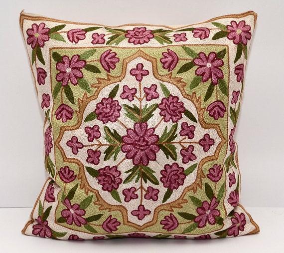 ikat ikat oreiller 50x50 cm soie coton ouzbek ikat housse. Black Bedroom Furniture Sets. Home Design Ideas