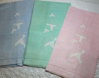 Set of 3 vintage linen guest towels