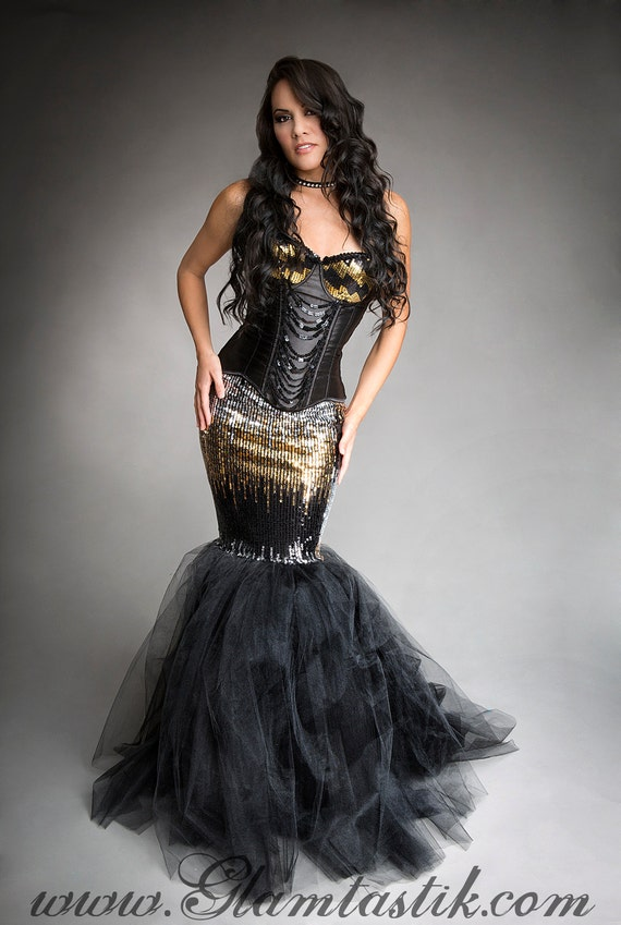 Similiar Silver And Black Corset Prom Dress Keywords