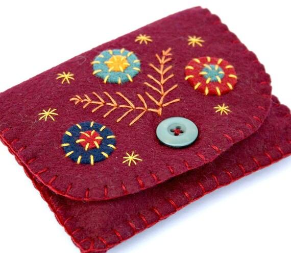 Felt coin purse. Handmade coin purse, Autumn red felt purse, Floral purse, Embroidered purse, Handmade felt purse, Red coin purse,