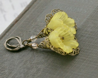 Flower Earrings, Yellow Earrings, Yellow Jewelry, Bridal, Wedding,  Lucite Earrings,  Floral, For Her, Bridesmaid Jewelry  - Primrose