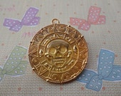 10pcs 40mmx40mm aztec gold/Pirates of the Caribbean Gold Color Retro Pendant Charm For Jewelry Pendant