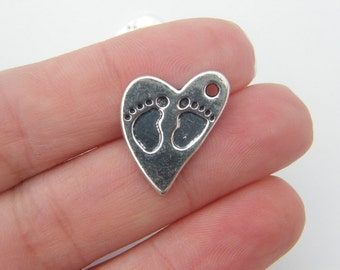 6 Heart  charms antique silver tone BS20