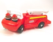 Little Tikes Toddle Tots Firetruck with (2) Firemen