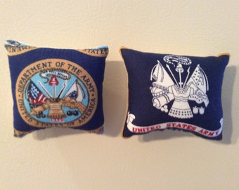 United States Army Pillow Magnets