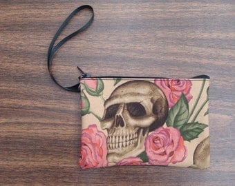 US Handmade Electronic Device Clutch Purse , Pouch , Wristband With Resting In Pink Roses Pattern Makeup Bag , New