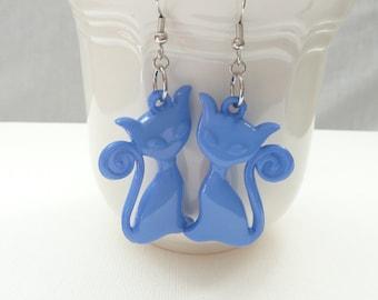 nd-Large Blue Kitty Cat Dangle Earrings