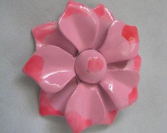 Vintage pink enamel flower pin brooch light and dark pink