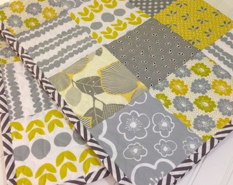 CLEARANCE! 50% OFF! Citron & Slate, Modern Baby Quilt, Toddler Quilt, Crib Quilt, 39 x 46