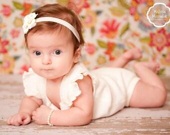 Flower girl personalized pearl bracelet  kids jewelry bracelet  monogram  - baby girl pearl bracelet - flower girl junior bridesmaid