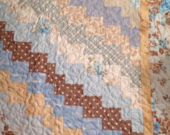 Zig Zag Baby Quilt (Blue, Tan and Cream)
