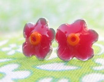 Girls Earrings.Silver Studs.Tiny Flower Studs Earrings.Pink earrings.flowers earrings.flower post earrings.resin studs.girls post earrings.