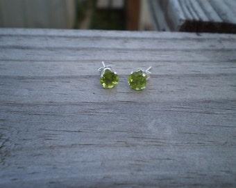 Faceted Green Peridot Stud Earrings 6mm