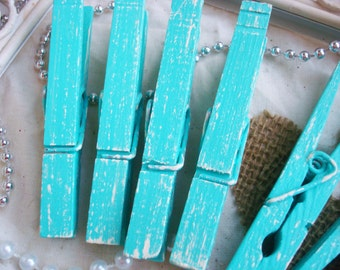 Mint & Cream (Light Green/Ivory) Distressed Clothespins 6 Pack - Beach Cottage Decor. Tea Party Favors. Wedding Banner. Shabby Chic Kitchen.