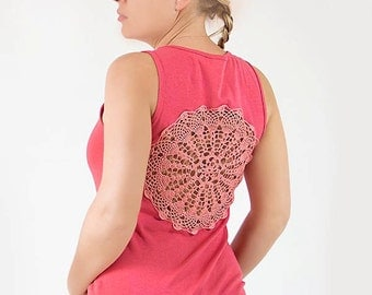 Coral pink Tank Top with upcycled vintage crochet back - Size L-XL