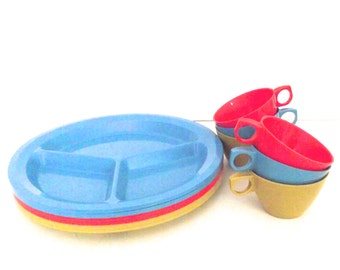 Vintage 12 Piece Plastic Dinnerware or Picnic Set in Primary Colors