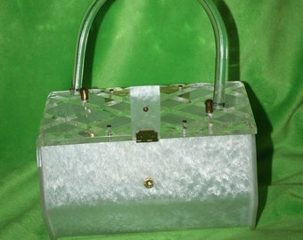 VINTAGE circa1950.. White pearlized Bakelite Lucite Purse handbag