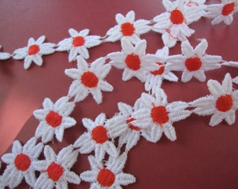 "1"" wide ( about 32 Daisies per yard ) orange on white cotton Venice lace daisy trim S120"