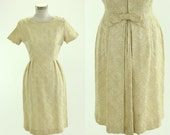 1950's Cream Brocade Cocktail Dress XS S Fashion Frock Back Bow Bustle