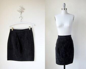 Vintage Skirt | Black Suede | The Labrador