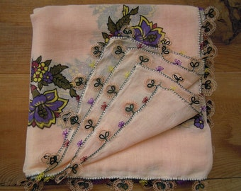 cotton scarf with tatted edging, peach square