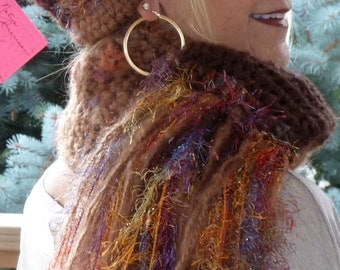 Women's Fashion / Crochet Hat and Scarf Set /  Colorado Clothing / Bohemian Clothing / Women's Winter Accessories