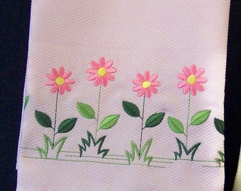 Decorative Spring Daisies Hand Towel