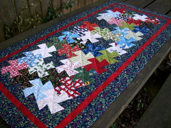 Christmas Pinwheel Table Runner Blue Tessellating Pinwheels Quilted Winter Holiday Quiltsy Handmade FREE U.S. Shipping