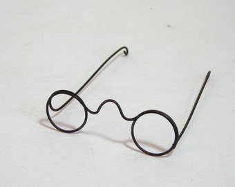 Miniature Wire Glasses For Dolls Or Teddy Bears