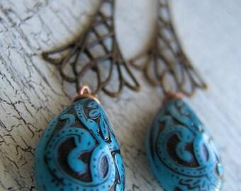 Brass-Blue Teardrops Earrings