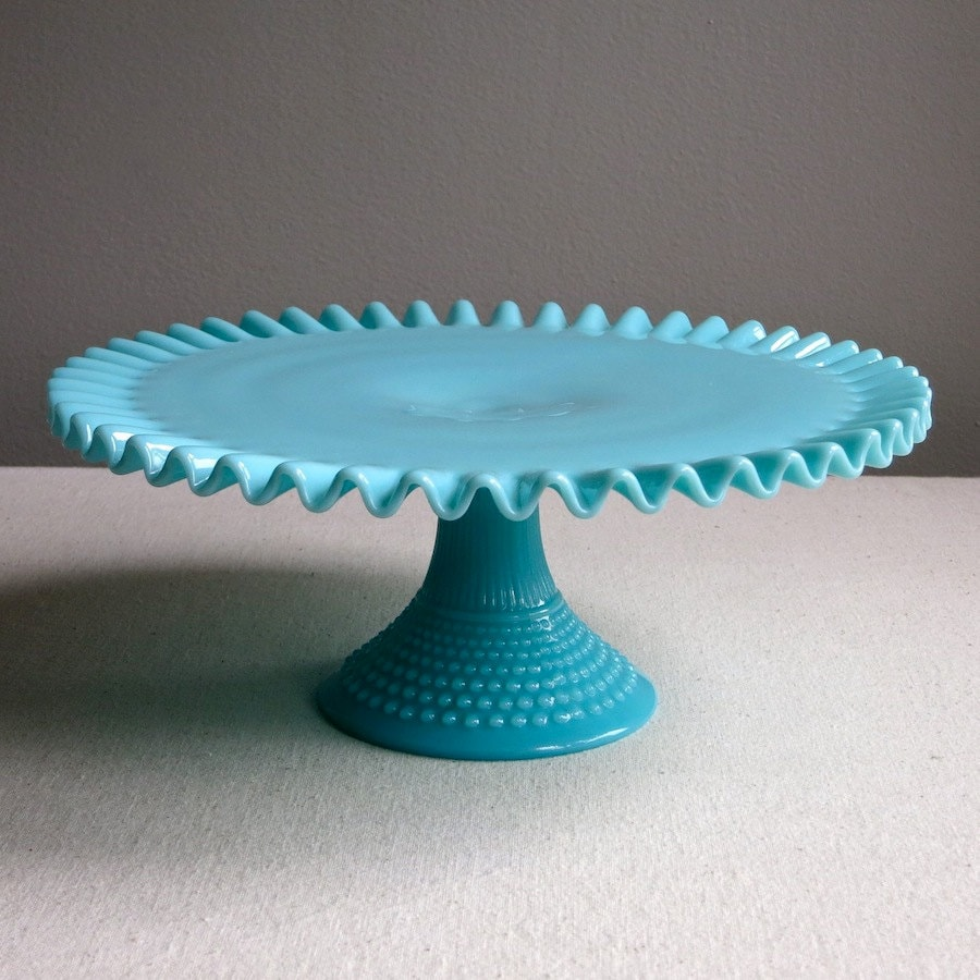 Fenton turquoise blue hobnail milk glass cake stand 1950s for Colored glass cake stand
