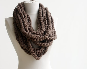 Bulky scarf infinity chain scarf crochet circle scarf neckwarmer in pale khaki brown