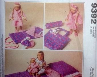 """Sewing Pattern 18"""" Doll Slumber Party Accessories Sleeping Bag Pillowcase Tote Bag Robe Slippers Pet Bed Uncut 1998 Child's Sleeping Bag"""