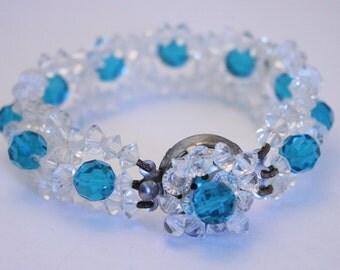 Vintage turquoise blue crystal bracelet.  Crystal bead bracelet