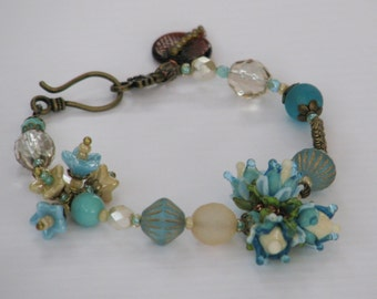 Blue and Cream Rosebuds Bracelet - blue, cream, bronze, artisan rosebuds, glass bracelet